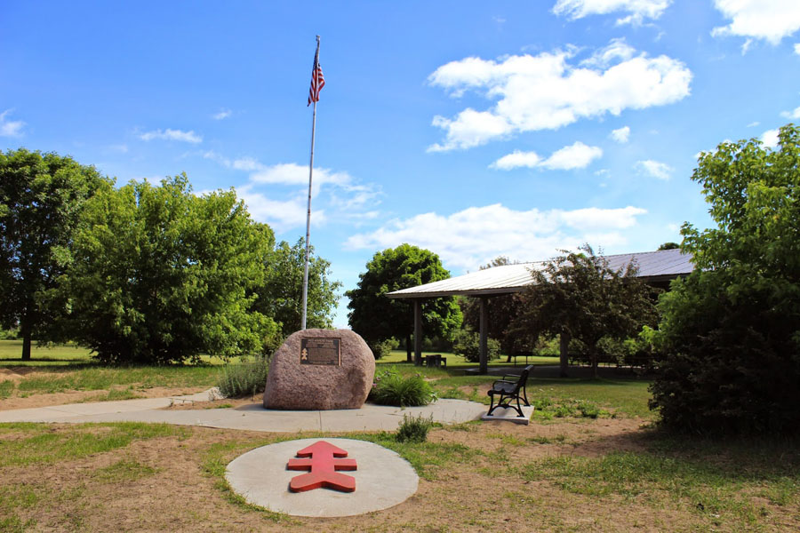Picture of Red Arrow park and the red arrow monument
